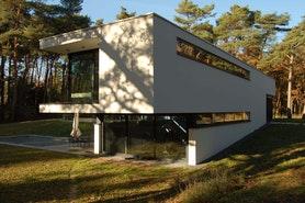 Villa V Side 1